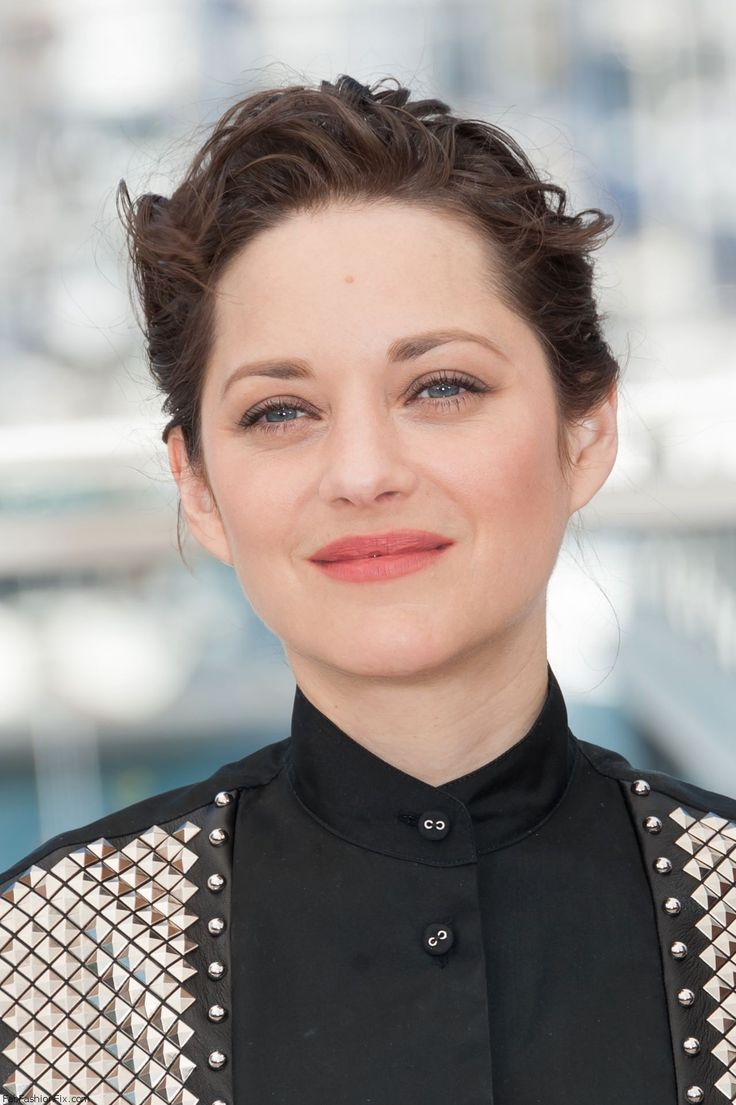 "Marion Cotillard at the ""It's Only The End Of The World (Juste La Fin Du Monde)"" Photocall during the 69th annual Cannes Film Festival. #cannes #festivaldecannes #marioncotillard"