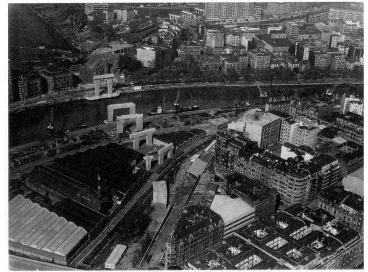 construction of La Salve bridge, Bilbao