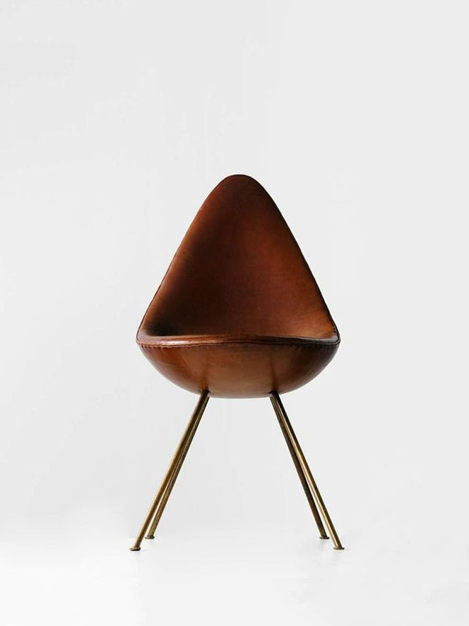 Cadeira 'Drop' brown leather | chair . Stuhl . chaise | Design: Arne Jacobsen / Fritz Hansen |