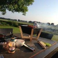 http://designathome.it/nido-il-barbecue-portatile-di-xd-design/