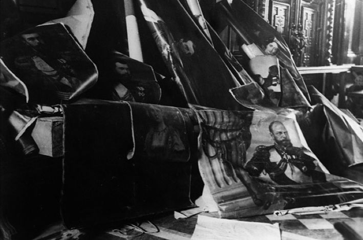 Portraits of the Royal Family torn down following the February Revolution, 1917.