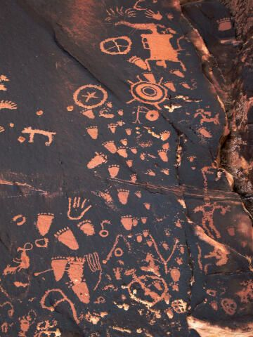 Newspaper Rock Utah State Historic Monument, just outside the Needles District of Canyonlands National Park - photo from climb-utah;  Native American rock art