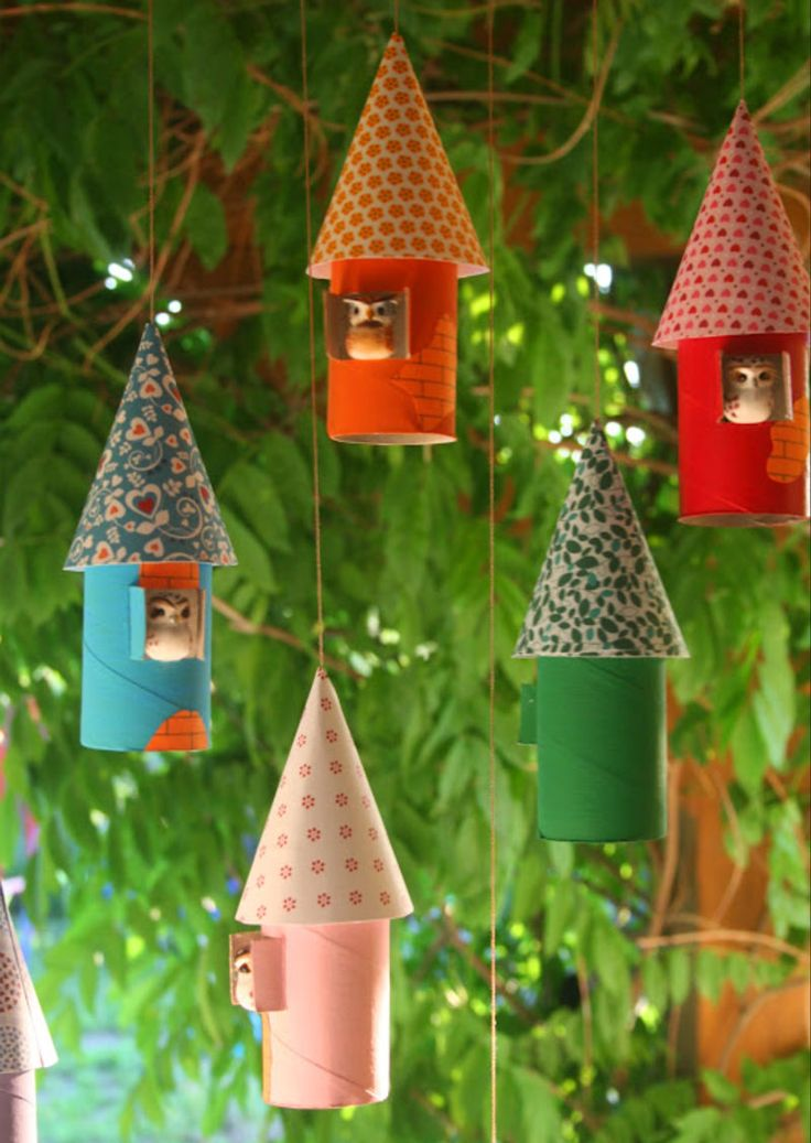 Casitas de pájaro decorativas con rollos de carton | Reciclar | DIY | Via www.sweethings.net