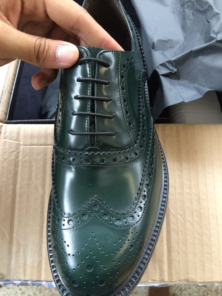 NO photoshop - Authentic Italian Dress Shoes http://vicino.co/products/classic-wingtip-oxford-green