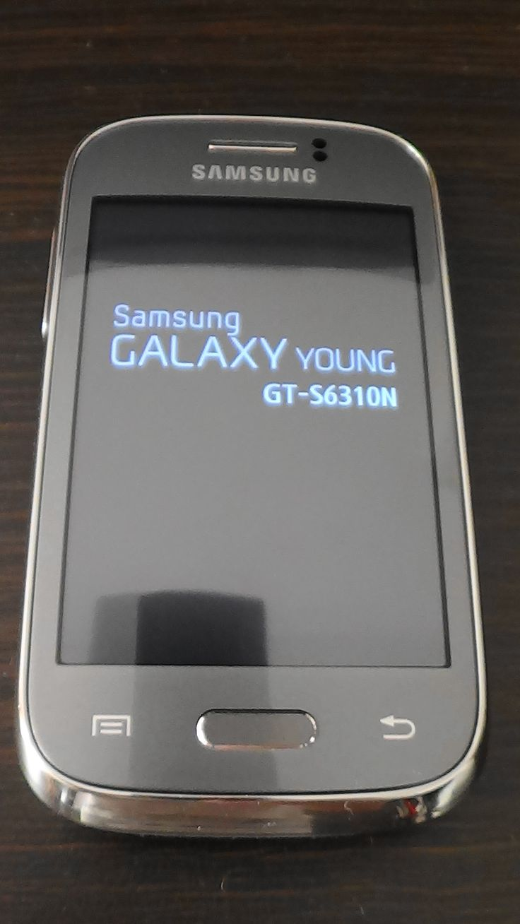 Smartphone - Samsung Galaxy Young (GT-S6310N) / Production Year: 2013