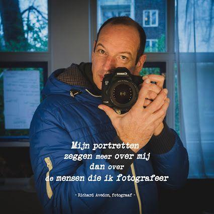 Mijn portretten zeggen meer over mij dan over de mensen die ik fotografeer - Richard Avedon, fotograaf -  Een citaat waar ik zeker achter sta, maar er blijft toch iets aan mij knagen:...................hoe moet ik een Selfie dan in interpreteren?