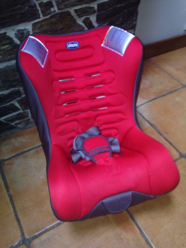 Silla Chicco Eletta Comfort. Desde nacimiento hasta 18 kg de peso. Muy cómoda y en muy buen estado de uso. 2ª mano.