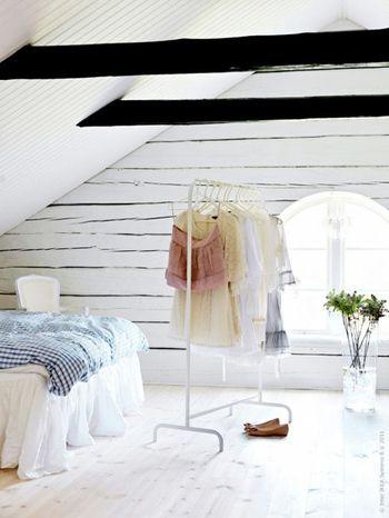 透明感のあるお部屋にも無駄の無いシンプルなデザインなので違和感無く馴染みます。