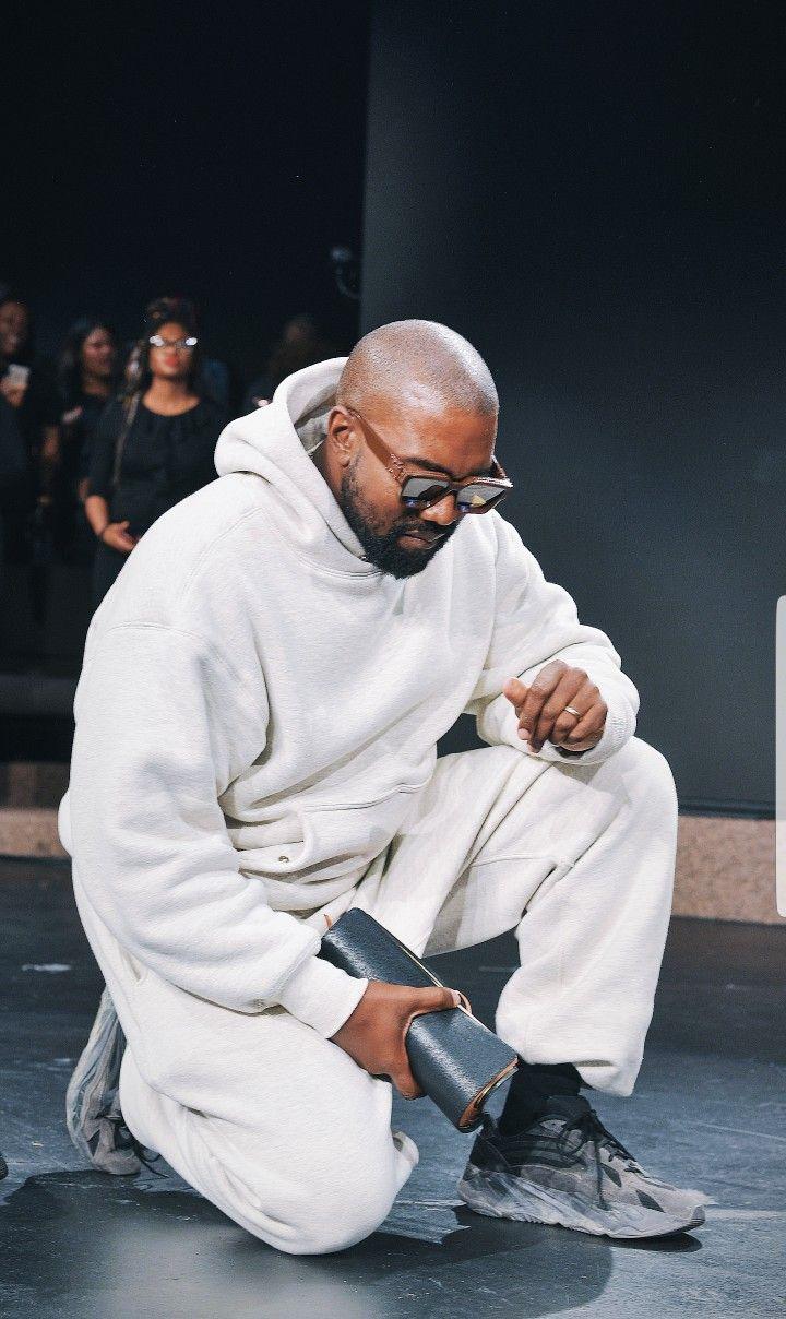 Kanye West Sunday Service In 2020 Kanye West Outfits Kanye West Style Kanye West