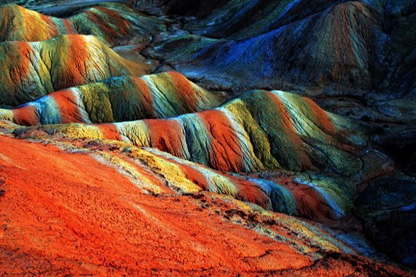 Conoce a Danxia de Zhangye y sus montaña de colores - Voxpopulix.com