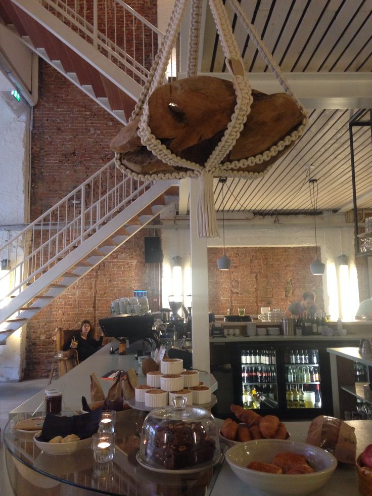 C.T. - Coffee & Coconuts in Amsterdam, Ceintuurbaan. New Hotspot in Town! Go organic, natural and Pop-art