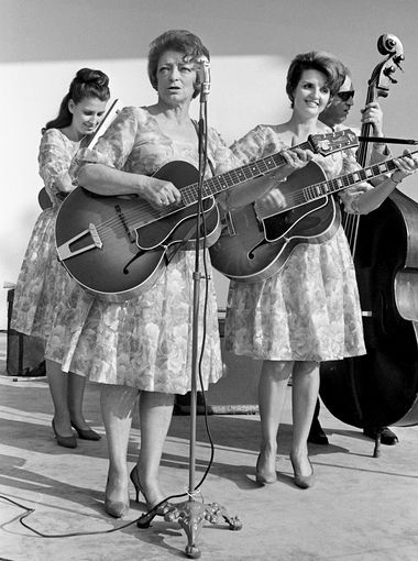"Anita, Maybelle & Helen ""The Suns Gonna Shine"" during The Tennesseans Centenniai Park concert June 12, 1966"
