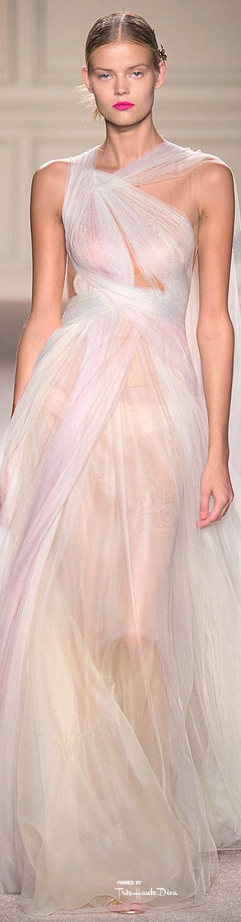 Marchesa Spring 2016 RTW ♔ Très Haute Diva ♔For more fashion visit my website at http://www.treshautediva.com/