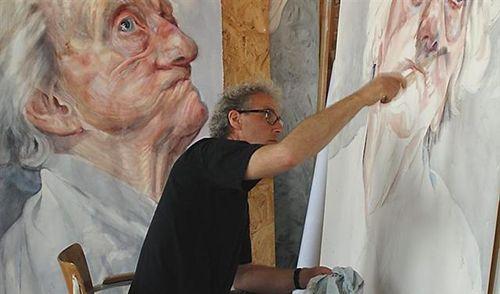 Kunstenaar Herman van Hoogdalem werkte met auteur en programmamaker Gijs Wanders aan een serie portretten van dementerenden en hun geliefden. Het resultaat: een serie prachtige aquarellen, een boek en een DVD alles onder de noemer 'Gezichten van dementie'. Van Hoogdalem schilderde de wanhoop, het lijden, de pijn, de onzekerheid, de leegte, de onthechting, de berusting en al wat niet in woorden te vangen is.