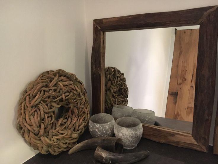 Stoere spiegels voor in uw badkamer