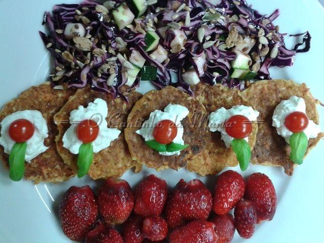 O Cantinho da Marta: Panquecas de Cenoura Ralada com Iogurte Natural