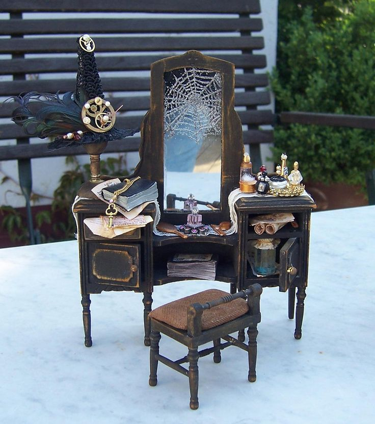 12th scale Dressing Table for a Witch by karin55