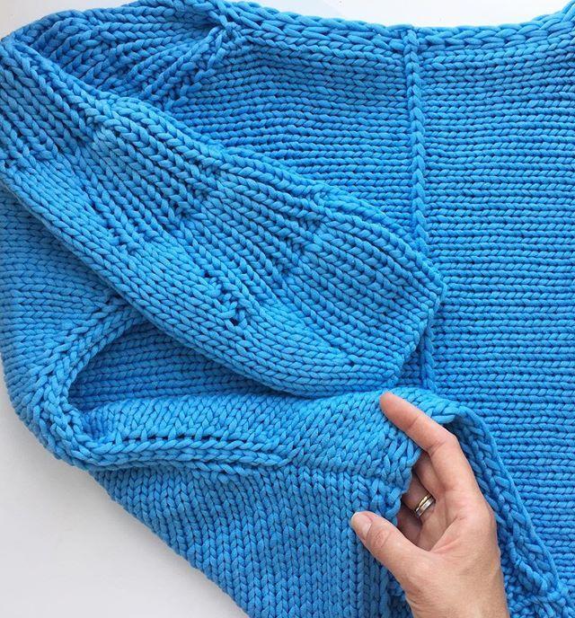 WEBSTA @ romnastena - Детали-детали...  Как они важны, тем более в нашем деле Доброго утра, друзья! ☀️С выходными! #knitstagram #knitlove #i_loveknitting #iloveknitting #knitting_inspiration #momofthree #knit #вяжу #вязание #вяжутнетолькобабушки #вязаниенаспицах #ручнаяработа #любимоедело #cashsilk #lanagrossa #handmade #handknit