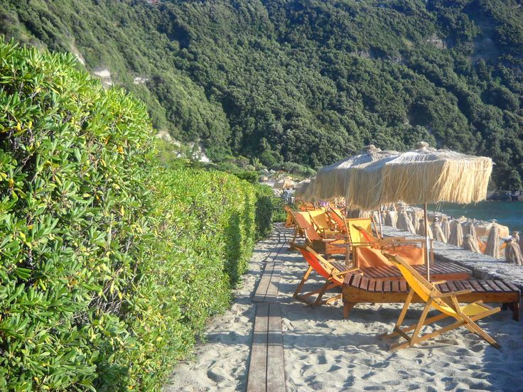 Pláž - Poseidonovy zahrady - Forio - ostrov Ischia - Itálie