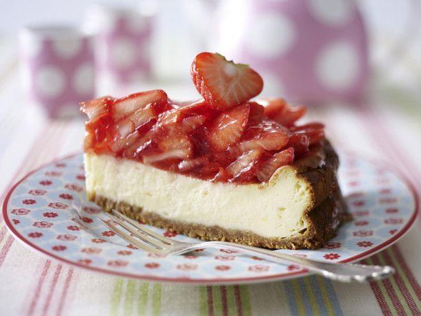 American-Strawberry-Cheesecake (Amerikanischer Erdbeer-Käsekuchen) Rezept
