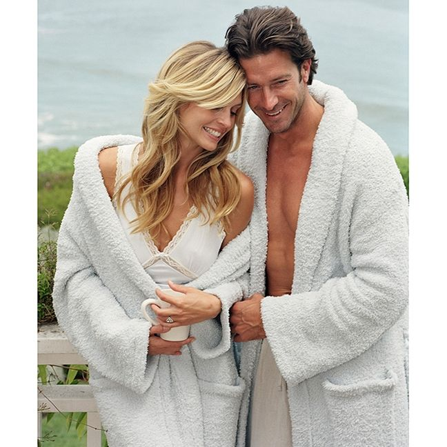 "The famous Barefoot Dreams® Bamboo Chic® Robe… nothing compares to the soft and luxurious feeling.  It is a favorite of many celebrities and top magazines, and has been featured on several TV shows, as well as  Oprah's ""Favorite Things Holiday Show"" and Ellen's ""Holiday 12 Days of Giveaways Show""!"