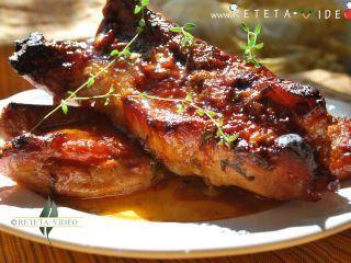 Coaste de porc la cuptor (reteta video), Rețetă Petitchef
