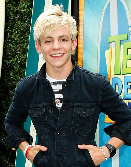 ross-lynch-access-all-areas