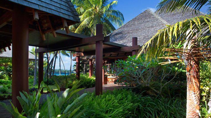 Le Meridien Ile Des Pins - resort entrance