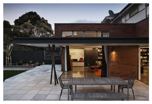 A rework of a former State House in the suburb of Westmere by CCM Architects.