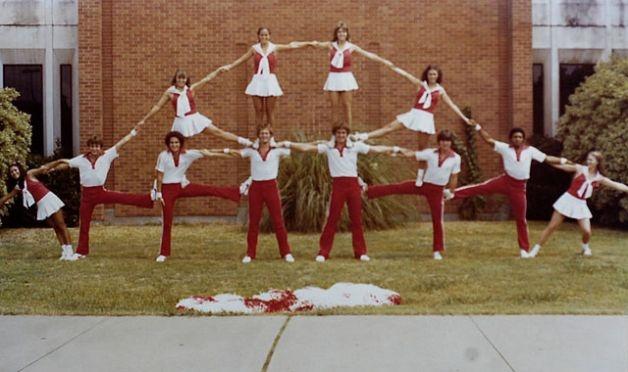 Cheer Vintage #Pyramid #stunt #stunting #cheer #cheerleader #cheerleading
