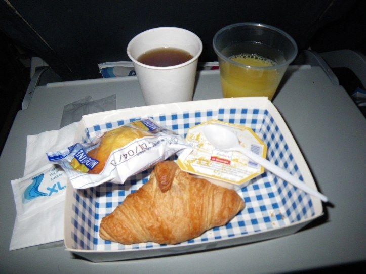 Plateau repas petit déjeuner sur la Compagnie aérienne XL Airways