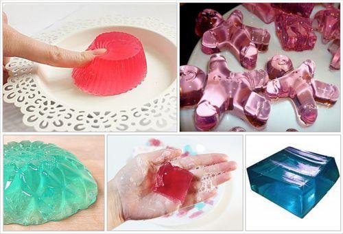 A Lush hozta divatba ezeket a termékeket, de otthon is egyszerűen elkészíthetjük. Szórakoztató és a gyerekek is imádni fogják.     HOZZÁV...