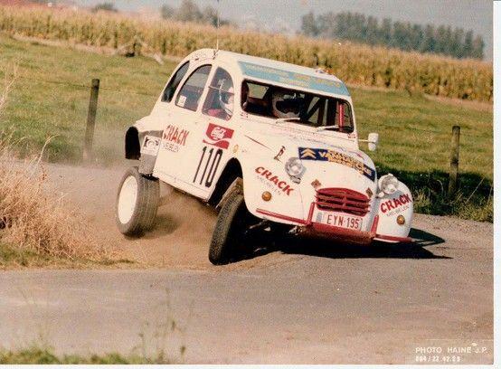 'Belgian plated Rallying 2CV Citroen. Great articulation!' said previous pinner • citroen 2CV