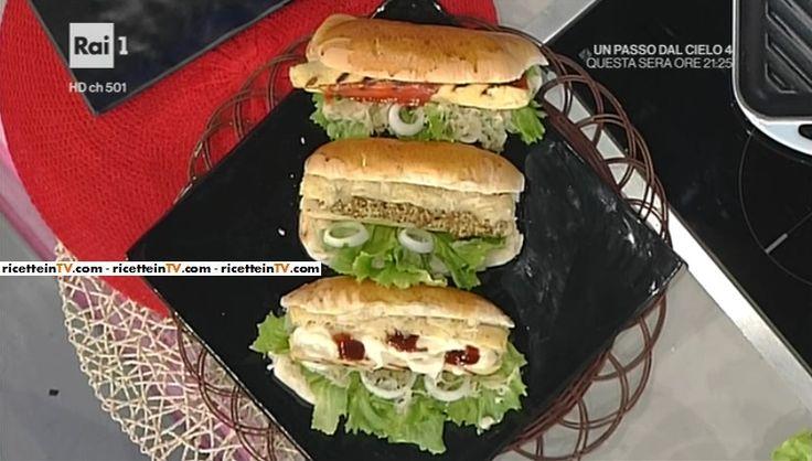 """La ricetta dell'hot dog con wurstel di pollo di Luisanna Messeri del 2 febbraio 2017, a """"La prova del cuoco""""."""
