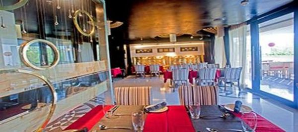 Get Buffet Lunch + 1 Mocktail + Unlimited Soft Drinks + Unlimited Starters + more in Rs. 389/- only at The Toy Hotel SCO 165 - 167, Sec-34A, Chandigarh Offer Valid till 18th October 2015 Get your Free Coupon Here http://goo.gl/b0vYCr