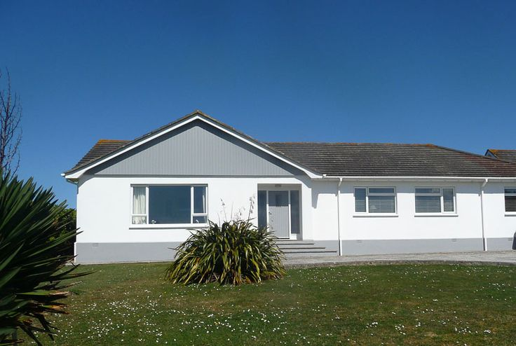 Penamont -  A Cornish, self catering beach holiday house to rent at #ConstantineBay, just a short drive from #Padstow #Cornwall
