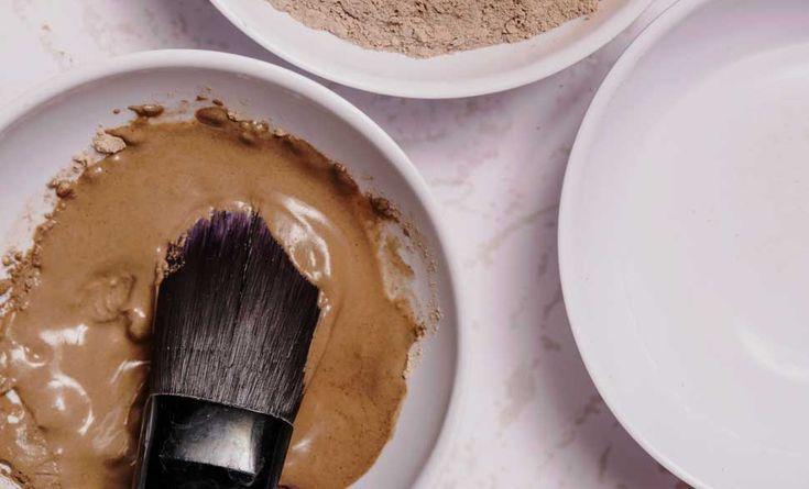 Avete già perso tutta la vostra splendida tintarella e cercate un autoabbronzante fai da te naturale ed efficace? Scoprite come realizzarlo qui!
