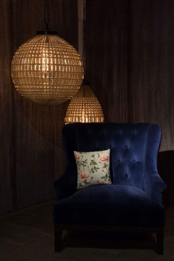 The warm lighting, different styles of living room set up will give you a feel of highly modern interiors instead of an e-commerce store. One can instantly feel as comfortable as their home.  #gulmoharlane #factoryshowroom #nowopen #jaipur #easyshopping #handcrafted #furniture #lighting #cushions