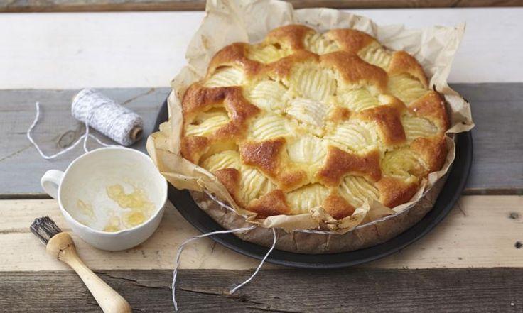 Kuchen muss nicht zwangsläufig eine Kalorien- und Fettbombe sein. Kerstin verrät euch heute eine Low-Fat-Variante ihres geliebten Apfelkuchens.