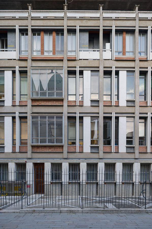 https://flic.kr/p/rZaLEC | palazzo dell'INAIL, Venezia | D786_354 27/02/2015 : Venezia, calle nuova San Simeone: palazzo dell'INAIL (Giuseppe Samonà, Elge Trincanato, 1952-59)