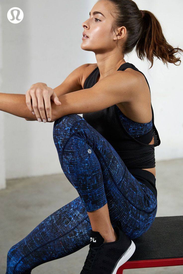 No shifting, no sliding. Keep your gear and your goals in place. #yogaclothes