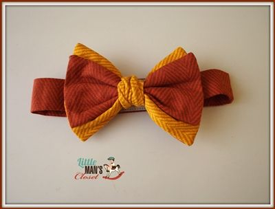 This vintage double layered bow tie has been made in a fun rust and mustard cotton herringbone.  Handmade in Melbourne Australia by Little Man's Closet. Newborn - 12 years available.  This is the perfect addition to the ring bearer outfit or to add a bit of vintage/rustic look to any little mans outfit.