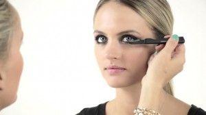Βίντεο_της_Μonika_Βlunder_για_το_τέλειο_μακιγιάζ (1)