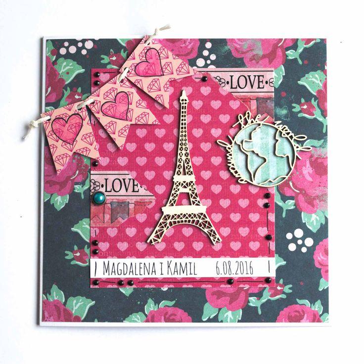 Oni… baaaardzo romantyczni. Zaręczyli się w Paryżu i uwielbiają podróże. Kartka na ślub od najbliższych. #wieloryb #paryż #paris #eiffla #papercard #papercrafts #craft #handmadecard #handmade #kartkanaslub #scrapbooking #scrapbookingcards #rekodzielo #kartkaweselna #wesele #weddingcard