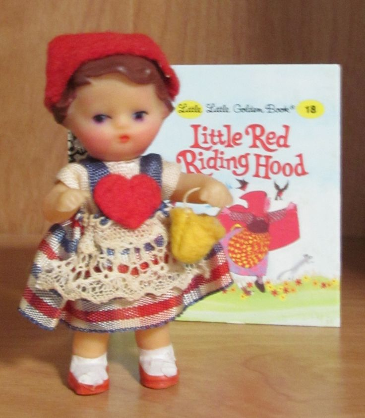 View 2 of same little Ari doll. Inspired by another pin to Pinterest.