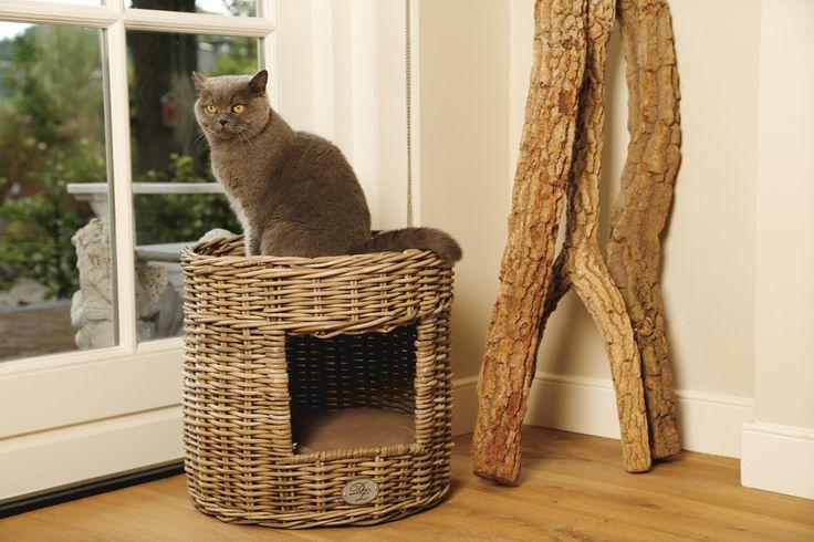 Gaaf kubu kattenhuis van Designed by Lotte