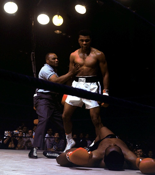 the greatest: Muhammad Ali, Boxes, Sports, Healthy Tips, Greatest, Mohammadali, Sonny Liston, People, Weights Loss