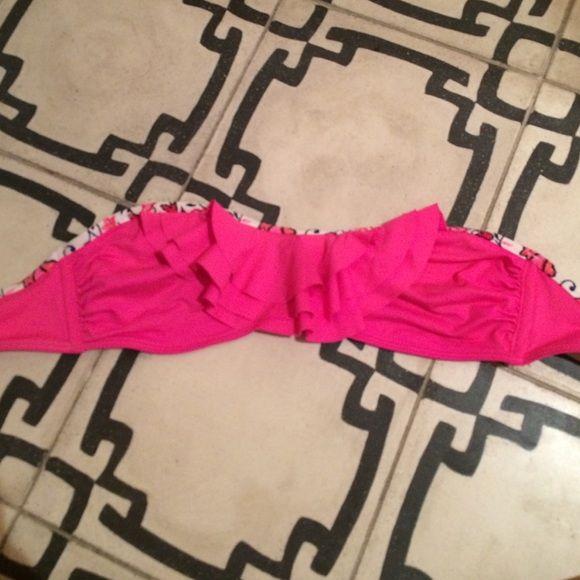 Abercrombie and Fitch Pink Bandeau Bikini Abercrombie and Fitch Pink Bandeau Bikini Abercrombie & Fitch Swim Bikinis