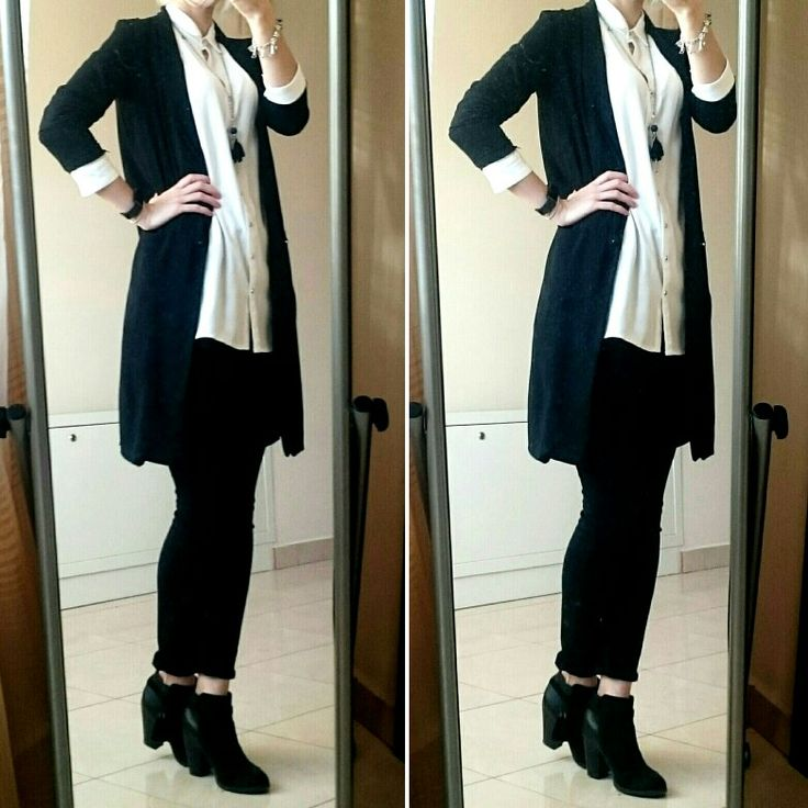 OOTD: black ankle boots,  black high wasted skinny  ankle jeans, white long shitt, black long  blazer, long girl necklace.  #ankleboots #anklejeans #smartcasual