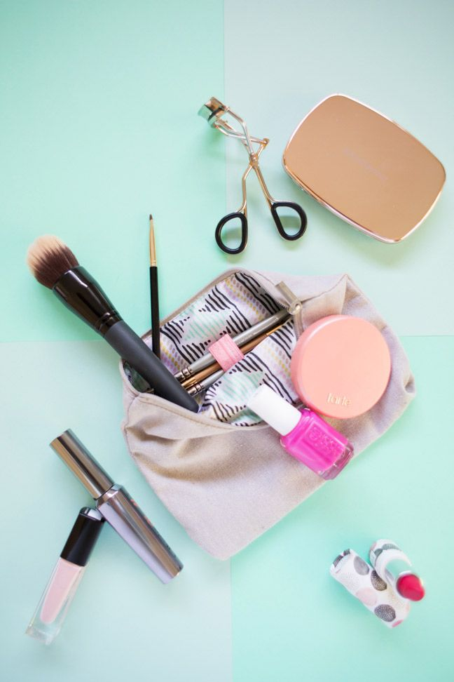 How To Customize Your Makeup Bag for Easier Organization in Just 5 Minutes